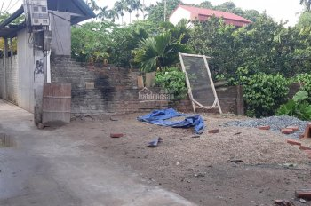 Bán 199m2 đất thổ cư ô tô đỗ cửa thuộc thôn Sơn Chung, Yên Sơn, Quốc Oai