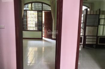 Cho thuê nhà Vương Thừa Vũ 65m2, 3.5 tầng ngay Ngã Tư Sở 18tr/th