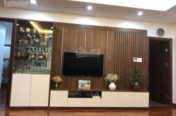 Gia đình cần bán gấp căn hộ ban công Đông Nam tòa B chung cư 219 Trung Kính - Đã làm nội thất đẹp