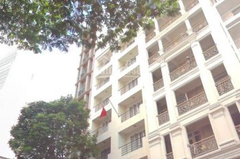 Bán gấp nhà mặt tiền Hùng Vương, DT 12x16m vuông vức, tiện xây tòa nhà cao lầu, giá 62 tỷ