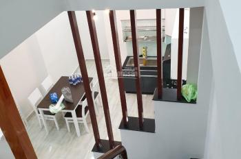 Tôi chủ nhà do kẹt tiền cần bán gấp nhà đường Trần Mai Ninh, 4.5x18m, trong 20 ngày, 0915526878