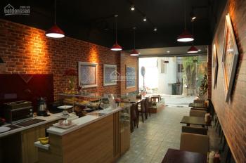 Chuyển nhượng lại đầy đủ đồ và cho thuê nhà mặt phố 5 tầng Tô Ngọc Vân, Tây Hồ, Hà Nội