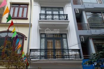 Bán gấp nhà cổng làng Văn La, Phú La, Hà Đông (48m2*4T*4pn), ô tô vào nhà, giá 4 tỷ, 0866994866