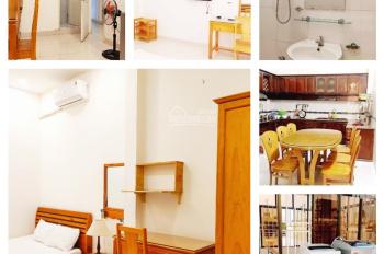 Ahu house cho thuê phòng sạch sẽ ấm áp tại quận 1. LH 0788854116