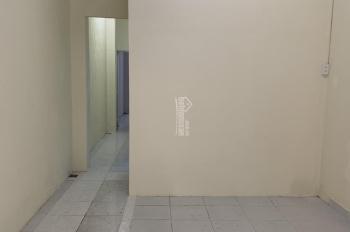 Cho thuê phòng, mỗi phòng có toilet riêng. Giờ giấc tự do, không chung chủ, giá 1tr8/th