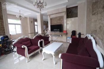 Biệt thự Nam Viên, Phú Mỹ Hưng cho thuê nhà mới decor, thiết kế sang trọng, 9mx18m, 58 triệu/tháng