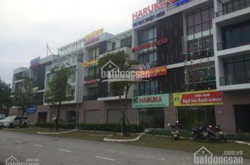 Cần bán gấp shophouse Gamuda, 2 mặt tiền vị trí đẹp, mặt đường lớn, gần Vinmart đã hoàn thiện đẹp