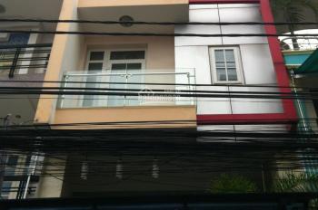 Cho thuê nhà hẻm Đặng Tất, P. Tân Định, Q.1. Diện tích: 4,2 x 25m, trệt + 2 lầu, có lề để xe máy