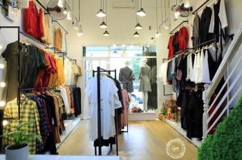 Cần chuyển nhượng gấp shop thời trang nữ tại đường Láng - Phố chuyên bán thời trang nữ