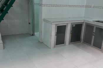 Cho thuê phòng,(khu nội bộ) hẻm C7B Phạm Hùng,Q8 giá  3.8 tr/1 tháng liên hệ :0917151560