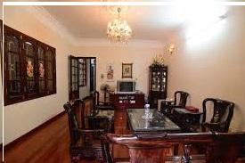 Bán nhà mặt phố đường Trương Định 60 m2, kinh doanh đỉnh, giá 6,1 tỷ