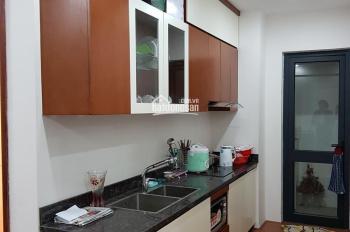 Chính chủ cho thuê căn chung cư F4 Trung Kính(cạnh Chelsea Park) DT 82m2. Giá 8 tr/tháng