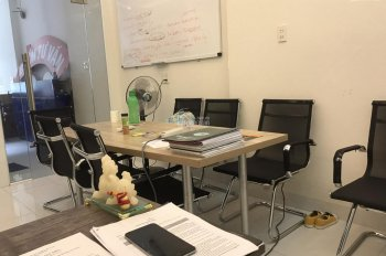 Văn phòng đẹp full bàn ghế giá rẻ đường Nguyễn Hữu Cảnh, Bình Thạnh, kế Vinhomes. LH: 0901340268
