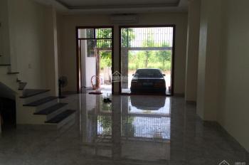 0965213797 chính chủ cho thuê gấp liền kề Xuân Phương Foresa Villa Tasco, 3 tầng, 1 tum 9.5tr/th