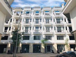 Bán nhà mặt tiền gần Metro Gò Vấp thuận lợi kinh doanh, đường 12m, sổ riêng. LH 0905 253 208 Việt
