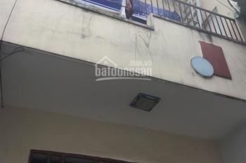 Nhà lầu 4x12m, gần chợ Cầu, Đông Hưng Thuận Q12