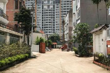 Bán nhà 4 lầu mới ngay đường Số 17 - Phạm Văn Đồng (sau Giga Mall), 4 x 14m, vuông đẹp