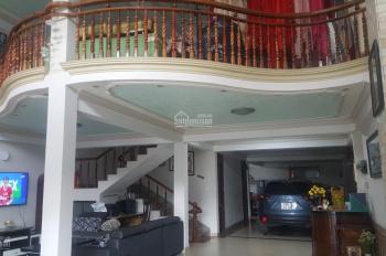 Bán nhà nghỉ 3 mặt tiền đường Phan Chu Trinh, p9, TP Đà Lạt