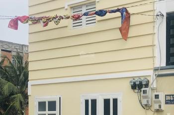 Nhà nhỏ cho thuê gần chợ Đường, quận 12
