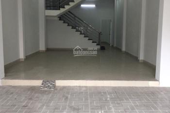 Cho thuê gấp nhà mặt tiền vị trí đẹp đường Nguyễn Đình Chính, P. 15, Q. Phú Nhuận