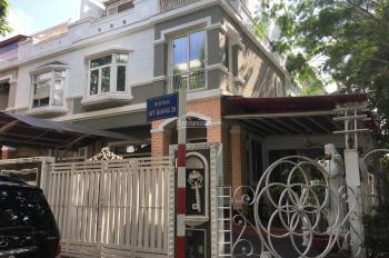 Villa góc 2 mặt tiền bến du thuyền PMH, 11x18m, view đẹp kinh doanh & ở. LH 0901557155, giá 53tr/th