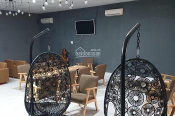 Cho thuê showroom sửa chữa và bảo trì ô tô, quận 7, mặt tiền Nguyễn Văn Linh. LH: 0918 751 757