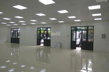 Cho thuê mặt bằng tầng 1 xây mới 200m2, phù hợp làm văn phòng, showroom