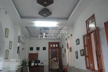 Nhà đẹp đường 232 Cao Lỗ KDC Đồng Diều P4, Q8, DT: 4m x 13,5m, 3 lầu