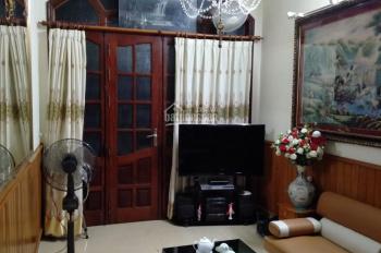 Cho thuê nhà riêng tại Khương Trung, 3,5 tầng, 4 PN, trên đồ cơ bản giá 11tr/th - LH 0969.863.210