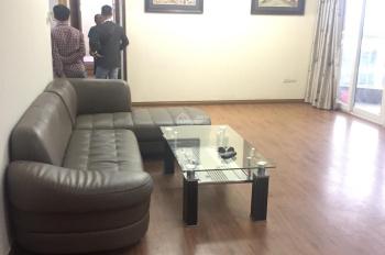 Chính chủ cho thuê CHCC 173 Xuân Thủy 110m2, 3 phòng ngủ, 2wc, đủ đồ 12tr/th vào ngay 0989848332