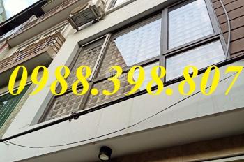 Bán nhà gần chợ Xanh Nguyễn Khuyến (4tầng*38m2*4PN) mỗi tầng 2 phòng, 2,7tỷ. 0988398807