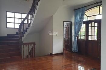 Bán nhà MT Nguyễn Bá Huân, Thảo Điền, quận 2. DT 7,5x20m, HĐT 80tr/th, giá 30 tỷ