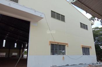 Xưởng cho thuê KCN Tân Đức - DT: 3.000m2 - Giá: 69 ngàn/m2. LH: 0933.449.578