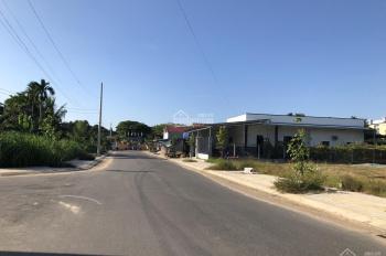 Bán 2 lô đất trung tâm thị trấn La Hà, vị trí đẹp, thuận tiện an cư, đầu tư sinh lời 0905985926