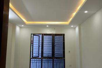 Cần bán nhà 4 tầng Mậu Lương, Kiến Hưng, Hà Đông, Hà Nội, DT 45 m2, giá 2,3 tỷ. LH: 0977135528