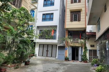 Chính chủ bán căn duy nhất: Nhà 2 mặt phố, 40m2 vuông vắn chỉ có 3 tỷ