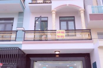 Bán nhà mặt tiền trục chính D1 - phố thương mại Phú Hồng Thịnh 6 - Dĩ An