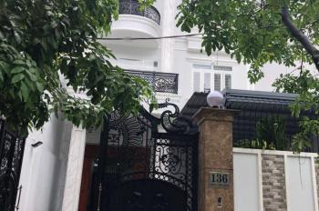 Cho thuê nhà 5 x 15m 2 lầu full nội thất đường T4 P Tây Thạnh Q Tân Phú.
