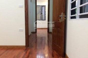 Cho thuê nhà trong ngõ 71 Nguyễn Thị Định, Trung Hòa. Nhà rộng 45m2 x 4 tầng, giá 16 tr/th ô tô đỗ