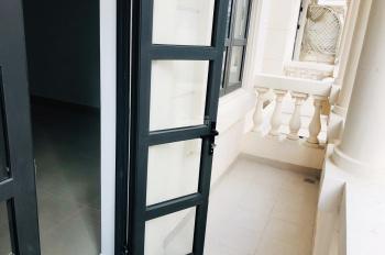 Cho thuê nhà trệt 3 lầu dưới chân chung cư thích hợp kinh doanh Cityland Park Hill, LH 0945963501