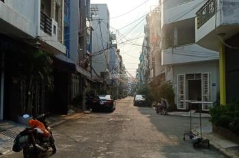Bán gấp nhà nát HXH sát mặt tiền Phạm Văn Đồng 4x15m giá 6,8 tỷ. LH: 0901849996