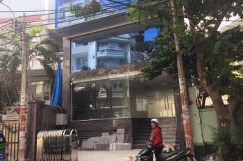Bán nhà Mặt Tiền Hoàng Hoa Thám, p 12, Tân Bình. DT: 6.5x30m. 3 tầng( gần chợ). (chỉ 240tr/m2)
