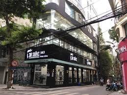Cho thuê nhà MP Huỳnh Thúc Kháng DT 200m2*2T, MT 10m giá 200tr/th, LH em Vân 0904860862
