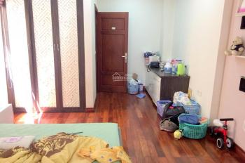 Bán nhà ngõ 168 Hào Nam, lô góc 2 mặt thoáng, ô tô vào nhà, DT 63m2x6T, giá 10.3 tỷ