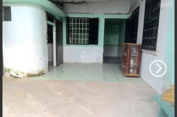 Kẹt tiền bán nhà cấp 4 DT 6x11m, rộng rãi ngay khu chợ Đông Ba, Bình Hòa 3