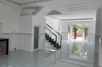 Nhà 1T 2L 100m2, mặt tiền đường lớn, gần chợ Bình Chánh, giá sở hữu chỉ từ 1,35 tỷ