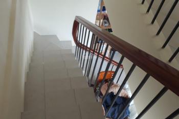 Cho thuê penthouse Conic Garden 250m2, tầng 15, ngắm cảnh TP, trồng cây. 5PN, giá 11tr/th
