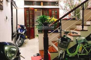 Bán nhà phố Việt Hưng, giá 8 tỷ 5, diện tích 124m2, 4 tầng, mt 4m1, ô tô, Kinh Doanh LH 0986055225