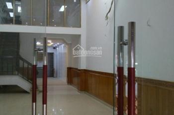 Chính chủ cần bán nhà mặt phố Văn Cao