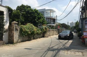Bán đất 80m2, giá 5 tỷ, ngay đường Lê Văn Thịnh rẽ vào, Quận 2. LH: 0902126677